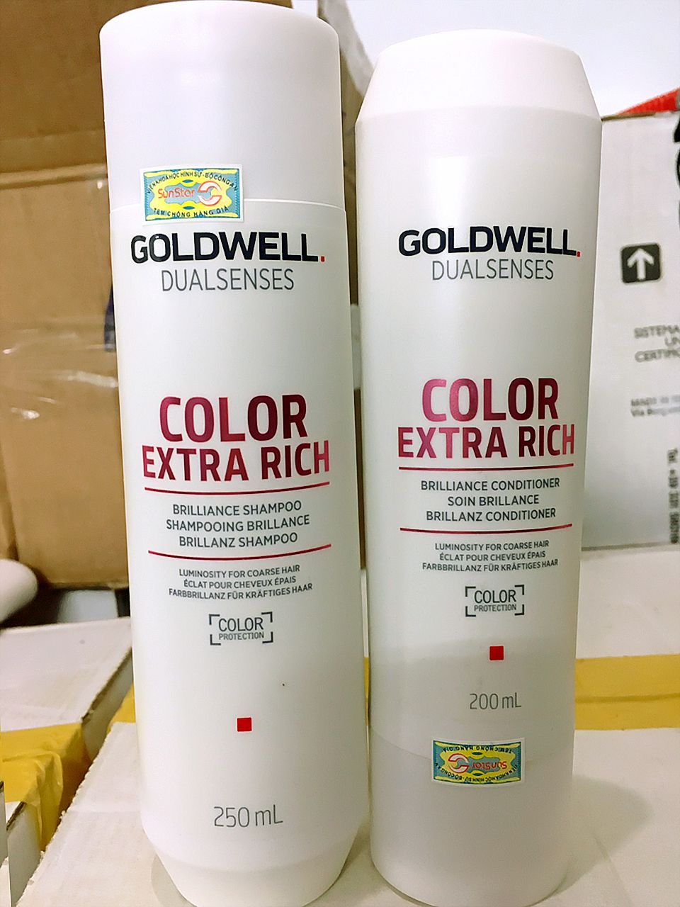 cap-goi-xa-giu-mau-toc-nhuom-combo-goldwell-dualsenses-color-brilliance-250ml