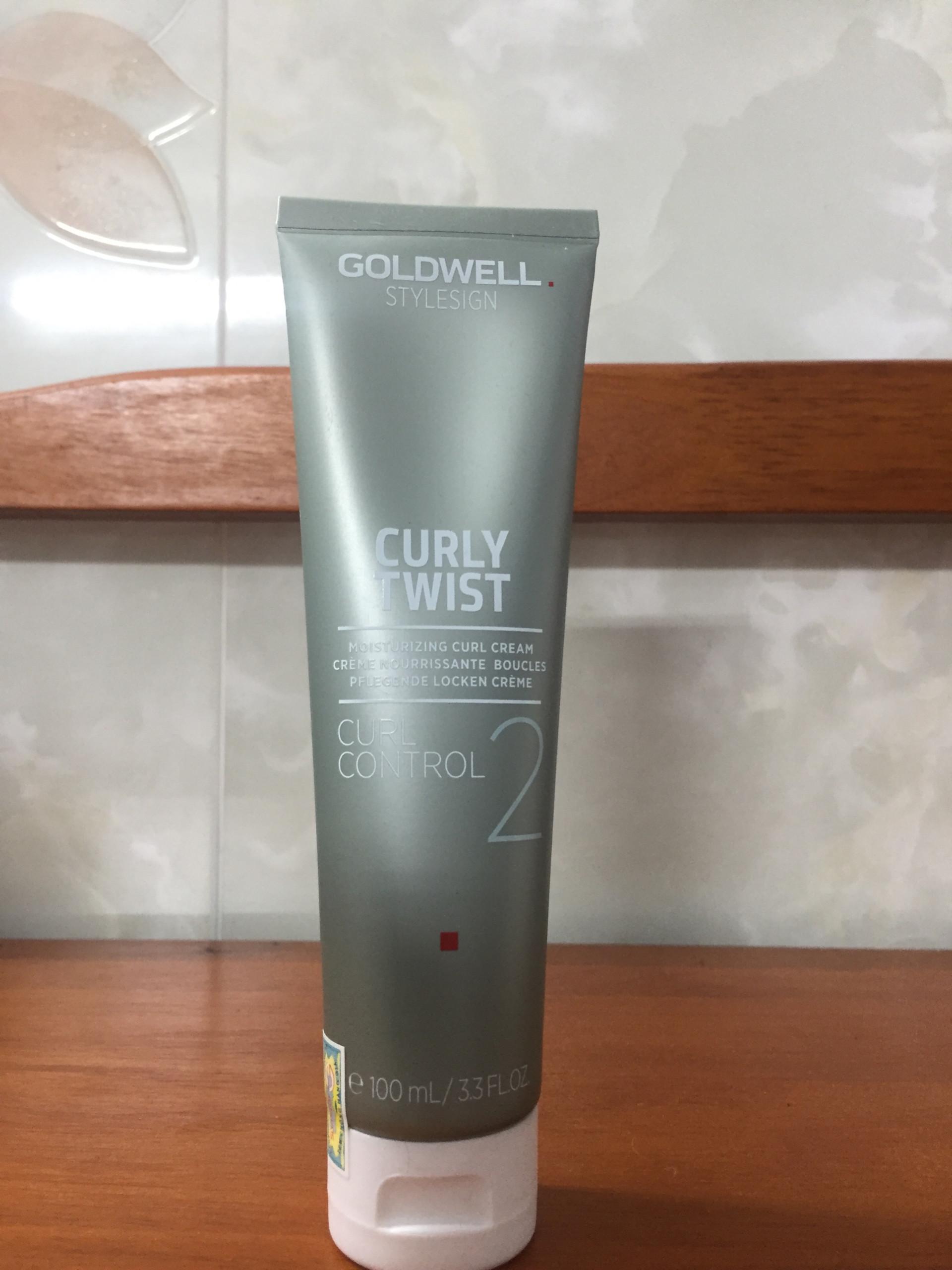 kem tao kieu goldwell duong am toc xoan Curl Twist 100ml