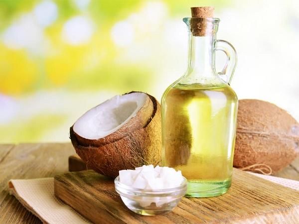 Vì sao dầu dừa nguyên chất có thể bảo quản lâu